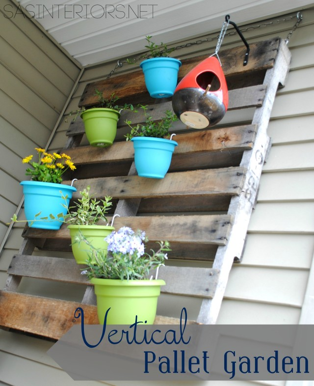 #DIY - Vertical Pallet Garden