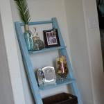 week13_1http://camelotartcreations.blogspot.com/2011/05/leaning-shelf-made-from-pallets.html