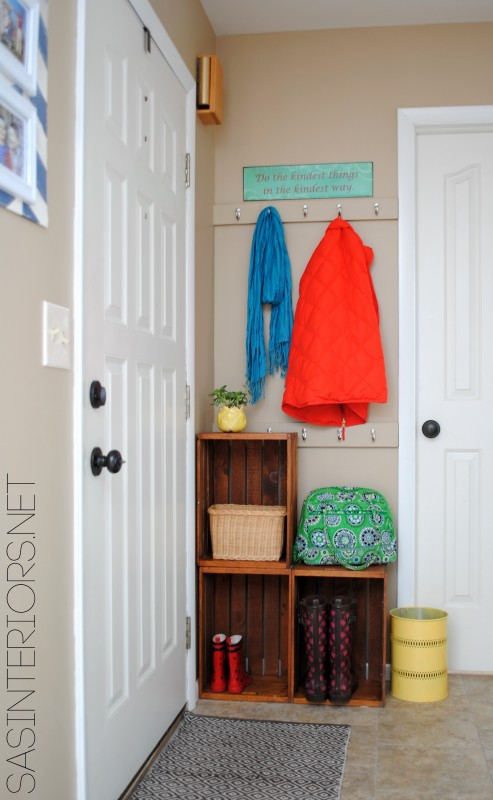 Easy Entry Upgrade with DIY built-in coat hooks and wooden crates via @Jenna_Burger, www.jennaburger.com