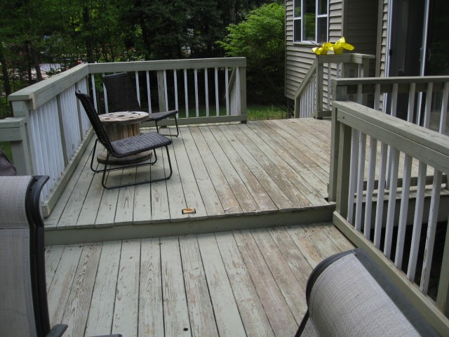 Deck before the super awesome makeover