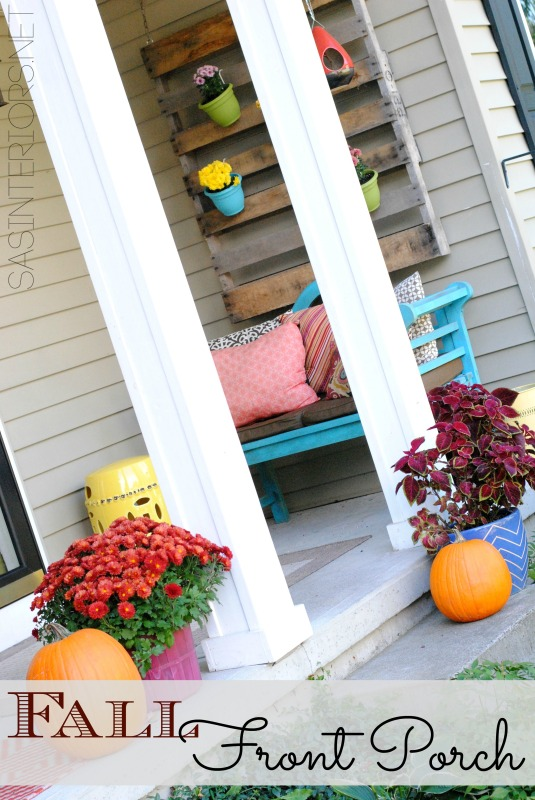 Front porch decorated with mums + seasonal Fall decor - simple, but eye-popping ways to decorate for Fall