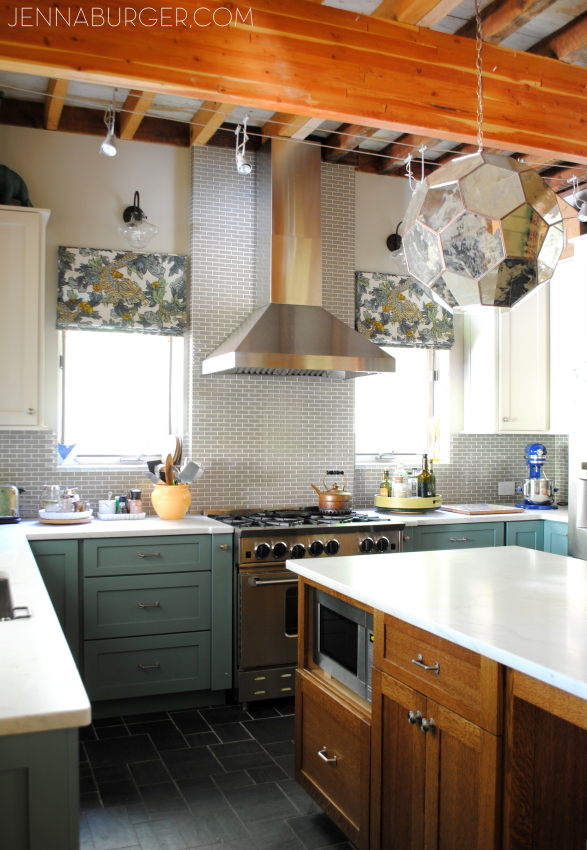 Eclectic Kitchen + Living Room House Tour! A before & after kitchen makeover that is a MUST SEE!