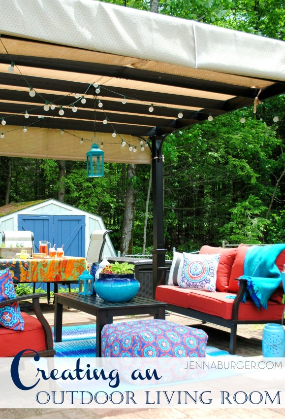 Bring the indoors OUT... Helpful budget-friendly ideas to create an outdoor oasis!