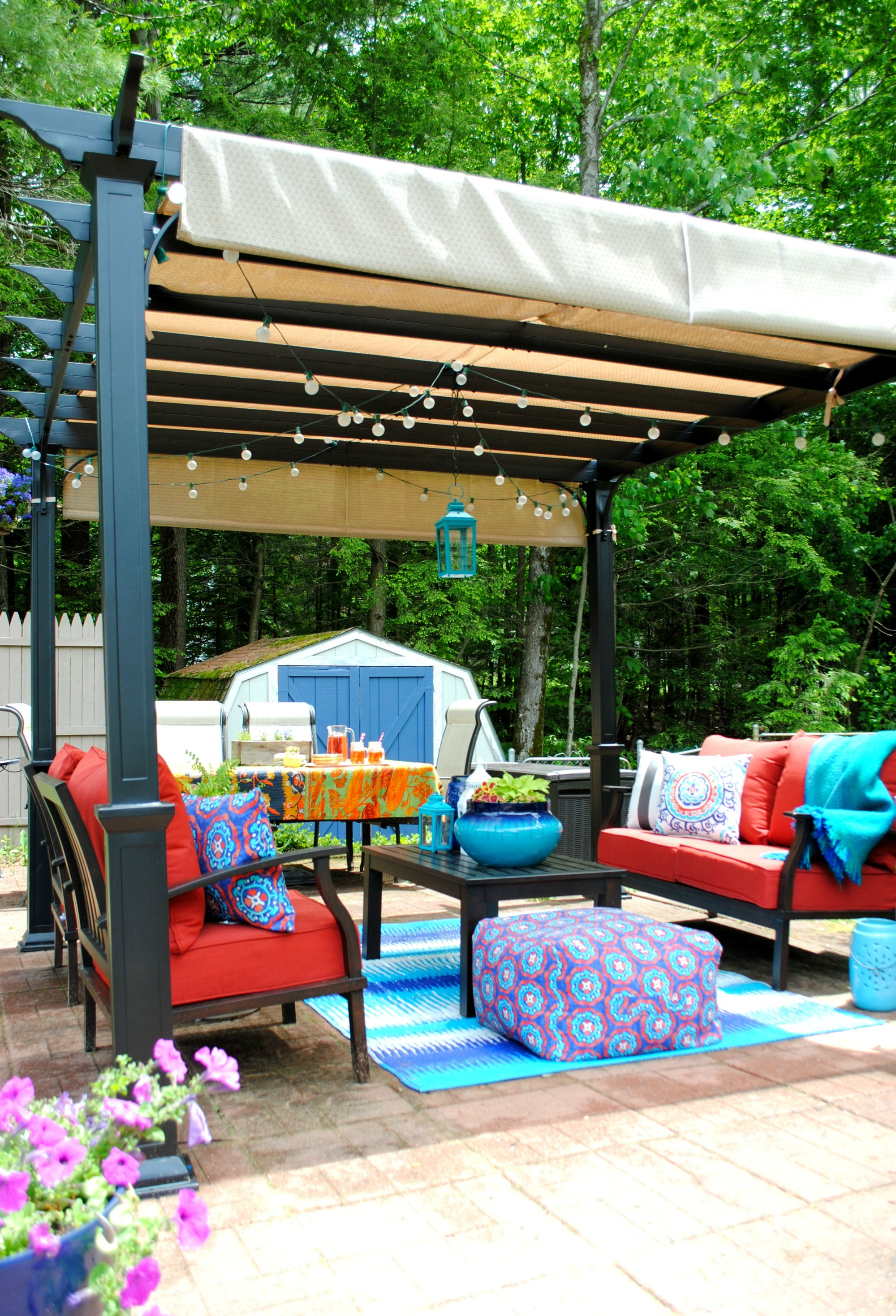 Helpful budget-friendly ideas to create an outdoor