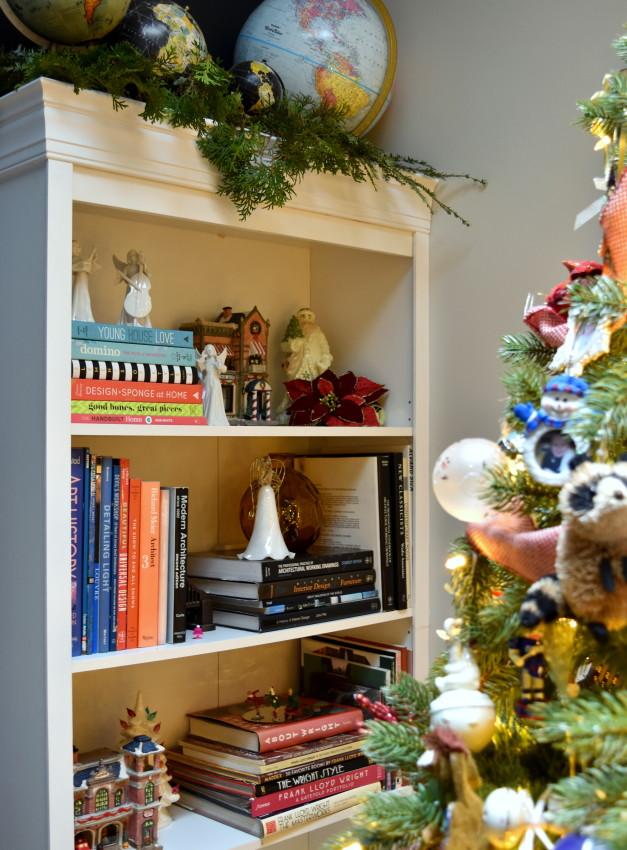 Christmas Home Tour at JennaBurger.com. Come on over...