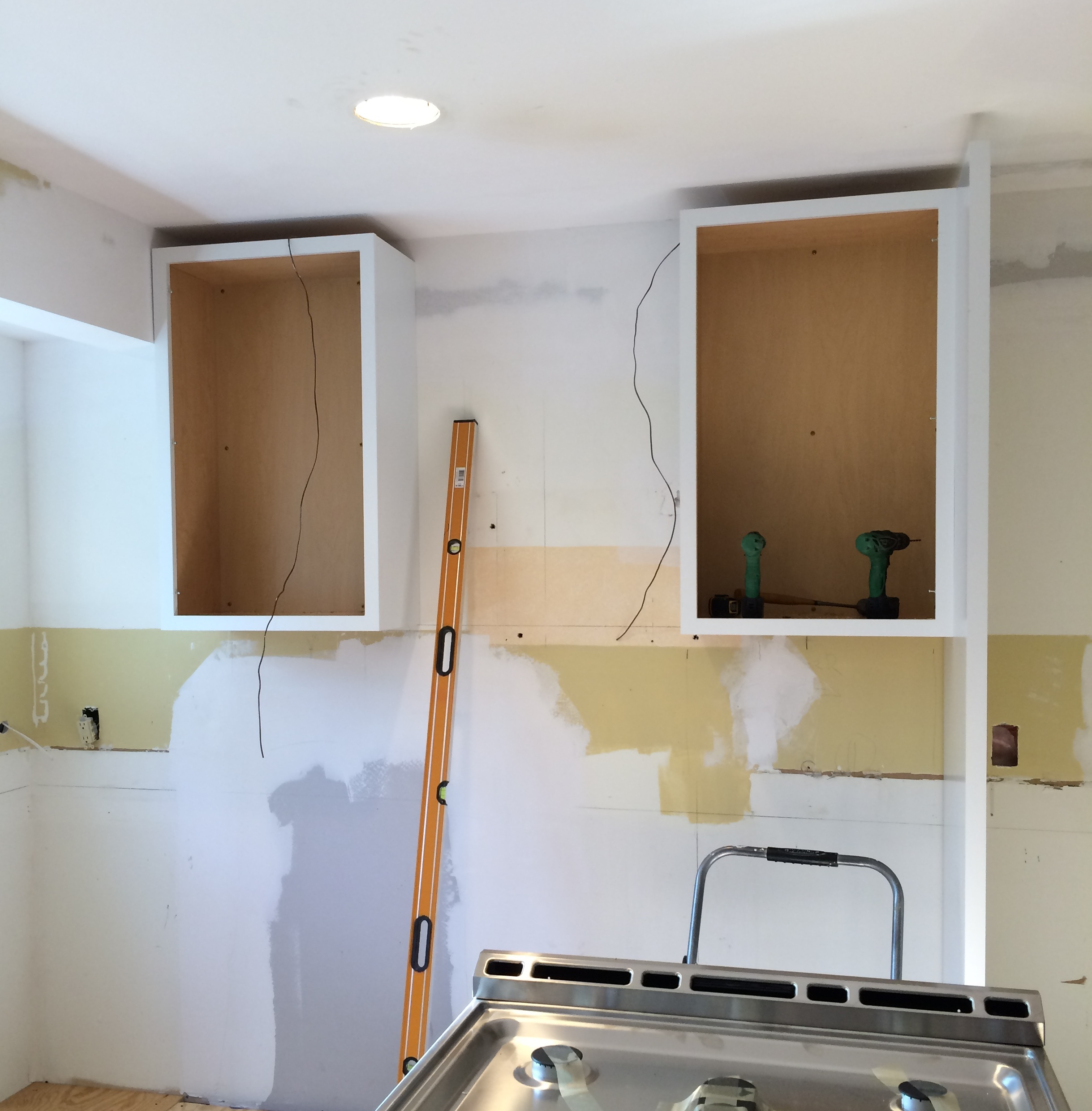 Kitchen Cabinet Install: Kitchen Renovation: The Cabinets