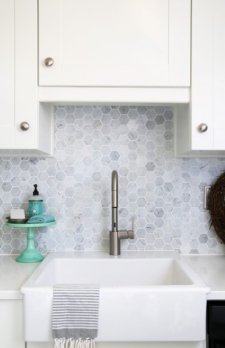White Hexagon Backsplash With Grey Grout
