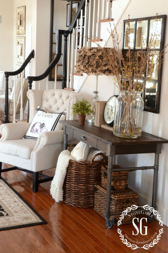 DECORATE WITH... MIRRORS!  Ideas + Inspiration + Fabulous Finds for decorating with mirrors in your home decor